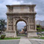 Liberate l'Arco di Traiano